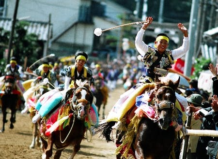 菊間地域の「お供馬」 地域のお祭を通じて子どもたちは成長する