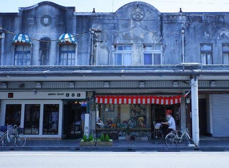 大正末期~昭和初期のレトロな街並みが残る豊岡の商店街