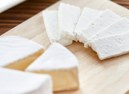 日本チーズの老舗のチーズを日本酒にペアリング