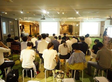 7月24日に渋谷で開催した採用イベント。50代以上4名という登壇者にも関わらず、30名近くの地方移住に関心ある若者が集まってくれました。