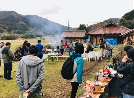 古民家にて移住者交流会も開催。