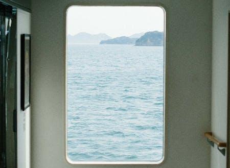 港近くなので、直島、小豆島、男木島、女木島、豊島など、様々な島へのアクセスが抜群です