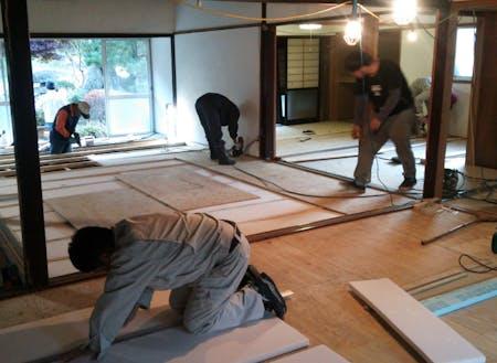 有志で空き家の改修