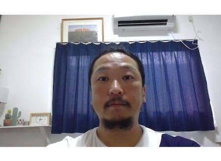 リモートワークの拠点として沖永良部島に滞在されている金田一 央紀さん