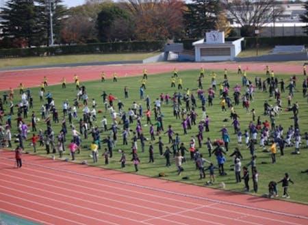 おおたスポーツアカデミー 広いグランド澄んだ空気のなかでの運動