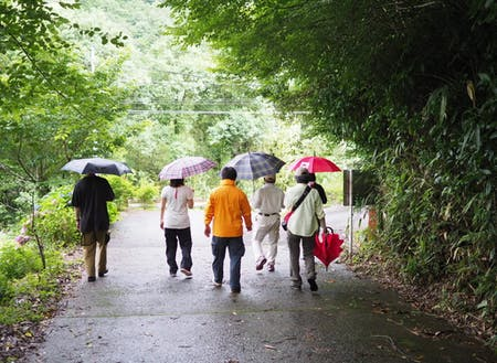 新しい村外の人々との関わりの場「Local LAB shiiba」の活動の一場面