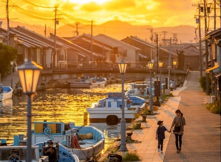 富山のみなとまち内川 郷愁的な情景が注目を集めてます。