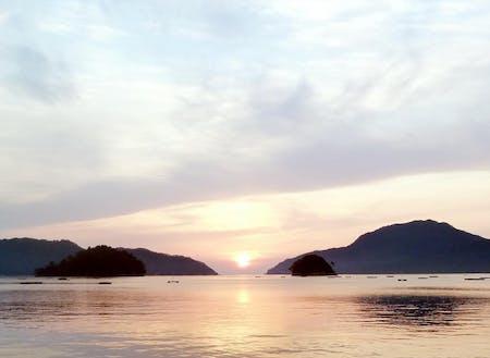 太平洋に面しているため、朝日は海から上ります。