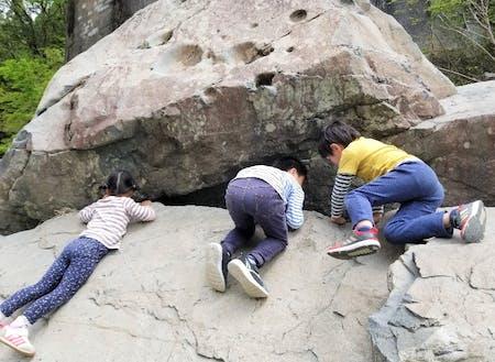 河原で遊ぶ子どもたち@松尾地区